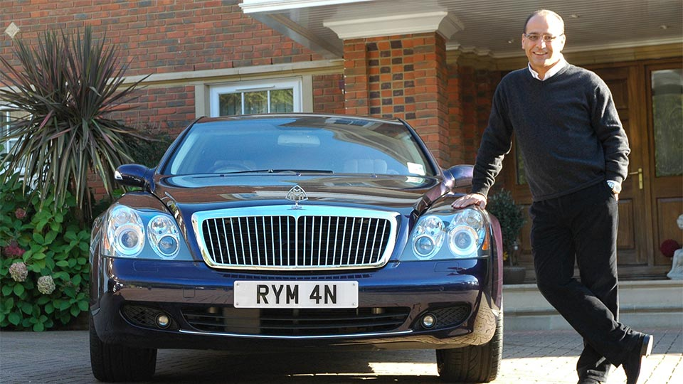 Theo Paphitis from Dragons Den with his very effective Ryman number plate